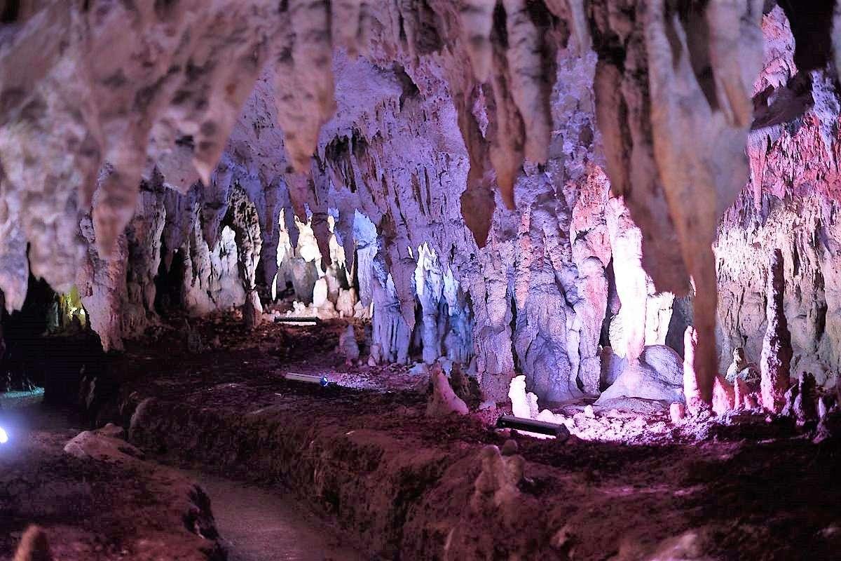Grotte von Pertos-Auletta
