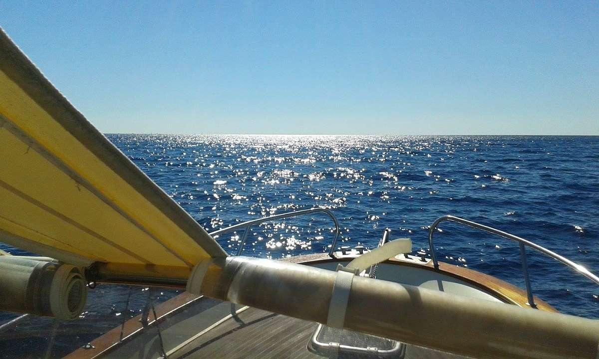 Mit dem Boot vor Licosa